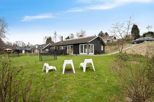 Fritidsbolig på Løvsangervej i Tikøb - Ejendommen