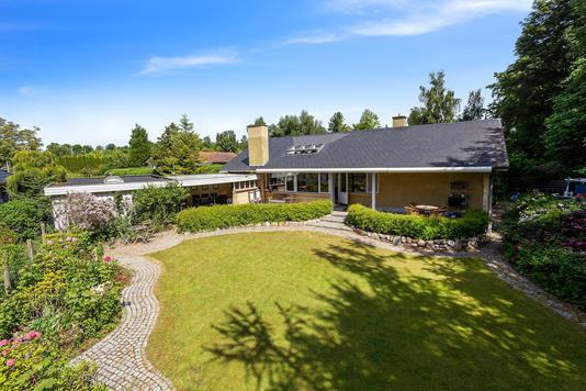 Villa på Kirsebærhaven i Fredensborg - Ejendommen