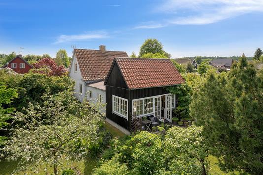 Villa på Granvej i Espergærde - Set fra haven