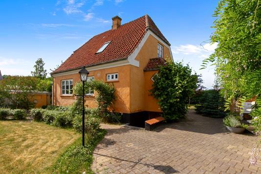 Villa på Esrumvej i Helsingør - Set fra haven