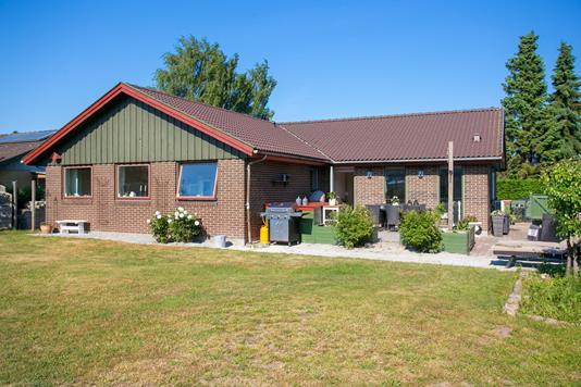 Villa på Bygvænget i Kokkedal - Set fra haven