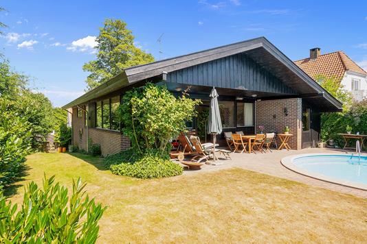 Villa på Fuglevangsvej i Espergærde - Set fra haven