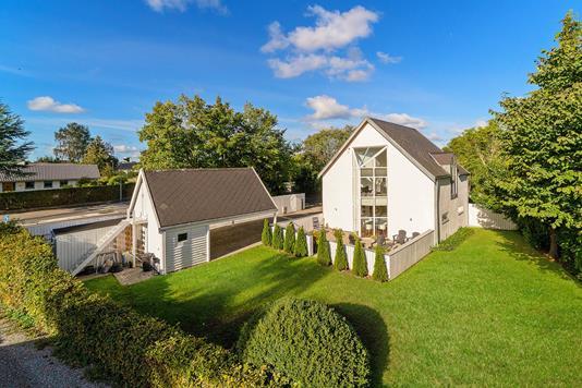 Villa på Odinshøjvej i Ålsgårde - Set fra haven