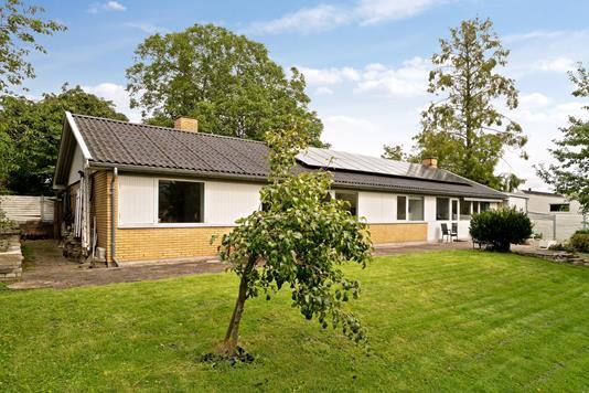 Villa på Tjørnevej i Snekkersten - Set fra haven