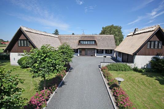 Villa på Risbyvej i Smørum - Ejendommen
