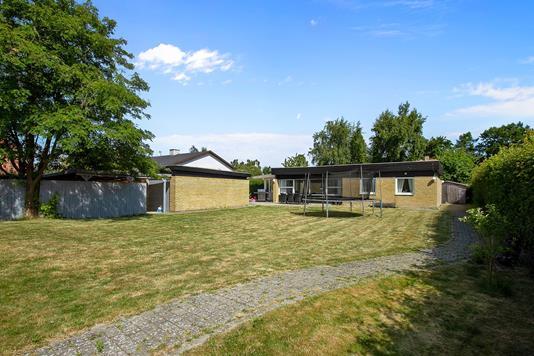 Villa på Tåregårdsvej i Ballerup - Have
