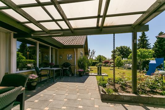 Villa på Egebjerghuse i Ballerup - Overdækket terrasse
