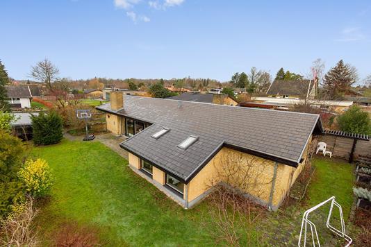 Villa på Dyndsagervej i Ballerup - Set fra haven