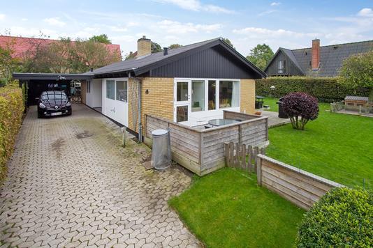 Villa på Odderbjergvej i Smørum - Ejendommen