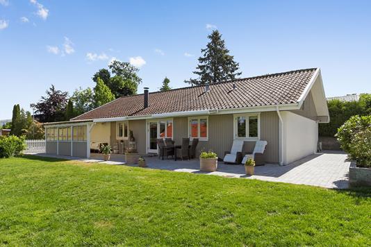 Villa på Smørum Bygade i Smørum - Ejendommen