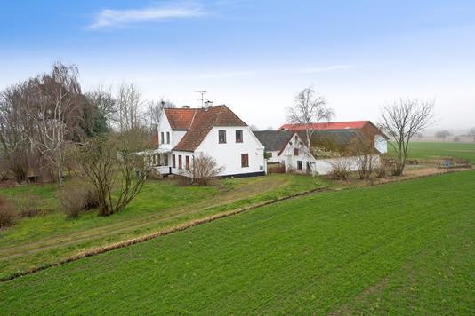 Landejendom på Odsherredvej i Nørre Asmindrup - Set fra haven