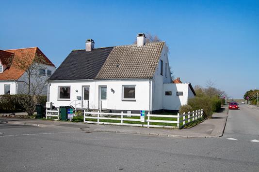 Villa på Lindevej i Vig - Set fra vejen