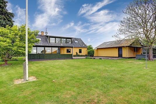 Villa på Enghavevej i Vig - Have