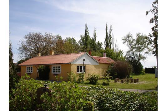 Villa på Bursøvej i Maribo - Ejendommen
