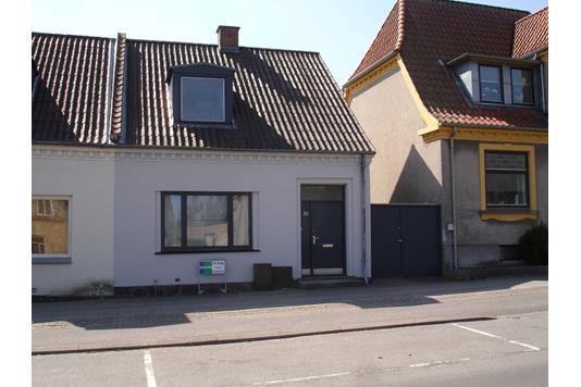 Villa på Vesterbrogade i Maribo - Ejendommen