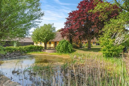 Villa på Alsøvej i Holeby - Ejendom 1