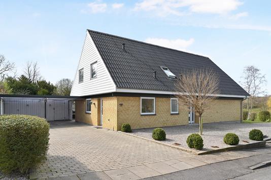 Villa på Sønderhøj i Holeby - Ejendom 1