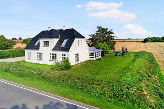 Villa på Maribovej i Holeby - Ejendom 1