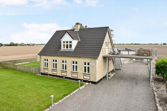 Villa på Tørstemosevej i Sakskøbing - Ejendommen