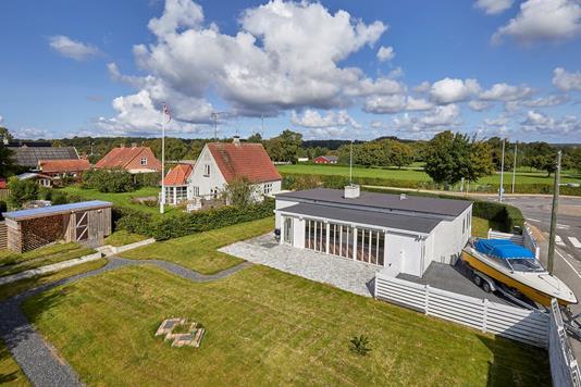 Villa på Askevej i Jægerspris - Ejendommen