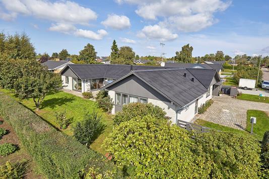Villa på Skoleparken i Frederikssund - Ejendommen