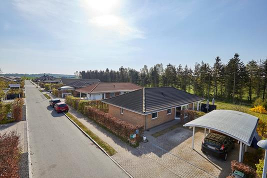 Villa på Snogekær i Jægerspris - Ejendommen