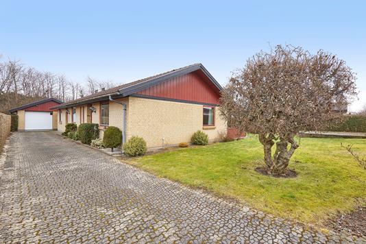 Villa på Marbæk Alle i Frederikssund - Ejendommen