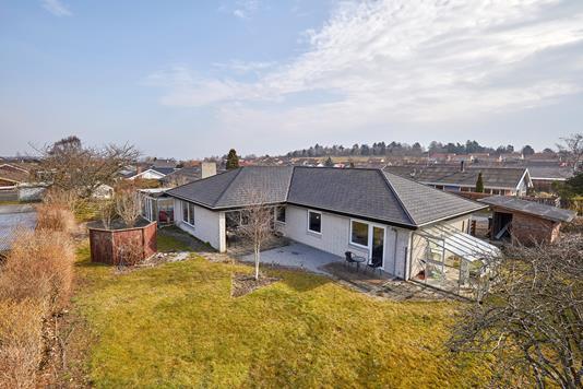 Villa på Gyvelkrogen i Jægerspris - Ejendommen