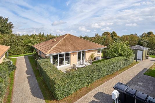 Villa på Dronning Ingrids Vej i Ølstykke - Ejendommen