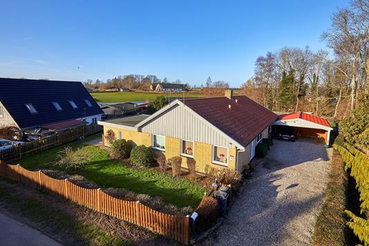 Villa på Enghaven i Jægerspris - Ejendommen