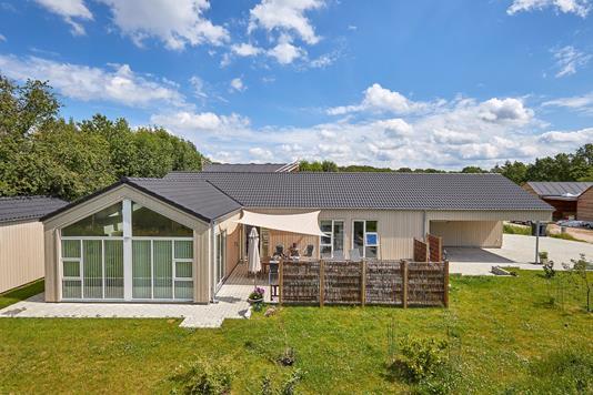 Villa på Meransletten i Jægerspris - Ejendommen
