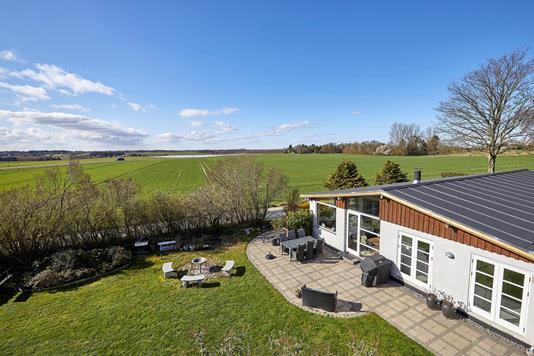 Villa på Damvadvej i Veksø Sjælland - Ejendommen