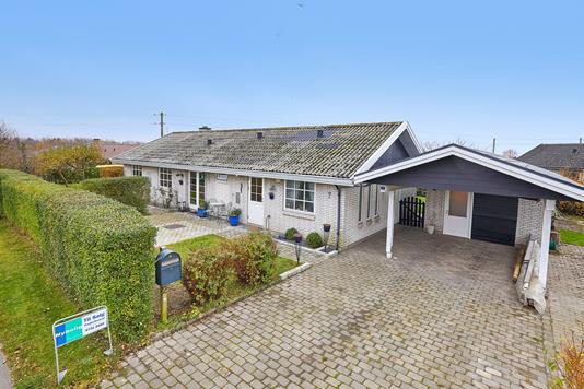 Villa på Lille Druedalsvej i Jægerspris - Ejendommen