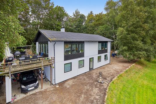 Villa på Åbrinken i Slangerup - Ejendommen