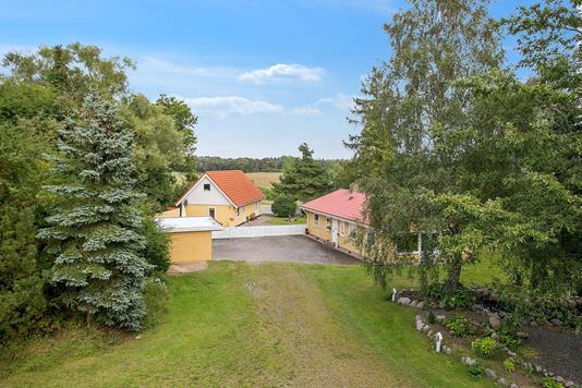 Villa på Assentorpvej i Stenlille - Ejendommen
