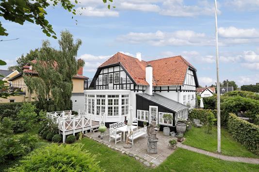 Villa på Peter Damsvej i Sorø - Ejendommen