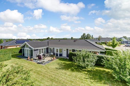 Villa på Færøvej i Dianalund - Ejendommen