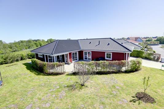 Villa på Slettebjergvej i Stenlille - Ejendommen