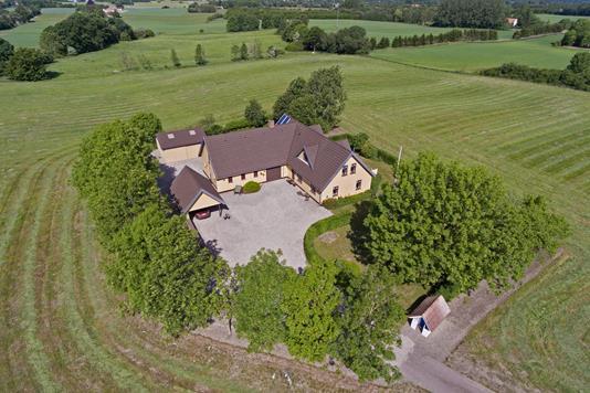 Villa på Nordskovvej i Stenlille - Ejendommen