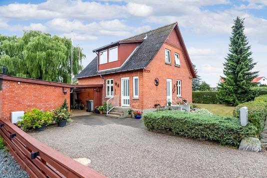 Villa på Lynge Byvej i Sorø - Ejendommen