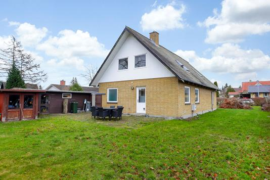 Villa på Lundtoftevej i Dianalund - Ejendommen