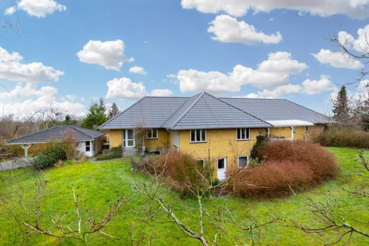 Villa på Sorøvej i Ruds Vedby - Ejendommen