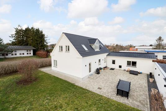 Villa på Holbækvej i Sorø - Ejendommen