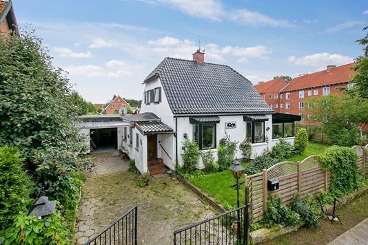 Villa på Tåstrupvej i Brønshøj - Ejendommen