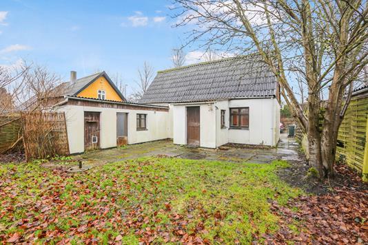 Villa på Gammel Trekronervej i Roskilde - Ejendommen