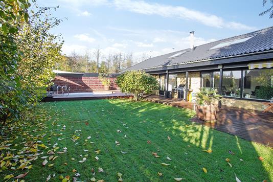 Villa på Fugleparken i Karlslunde - Ejendommen