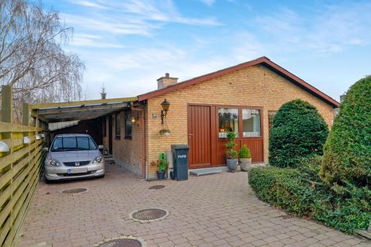 Villa på Årøjel i Greve - Ejendommen