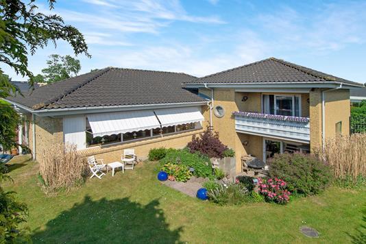 Villa på Brydeholm i Greve - Ejendommen
