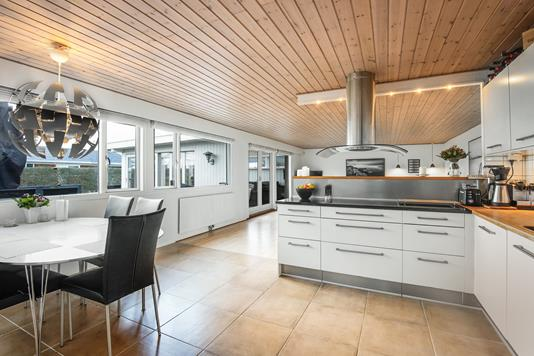 Villa på Birkelyparken i Greve - Køkken