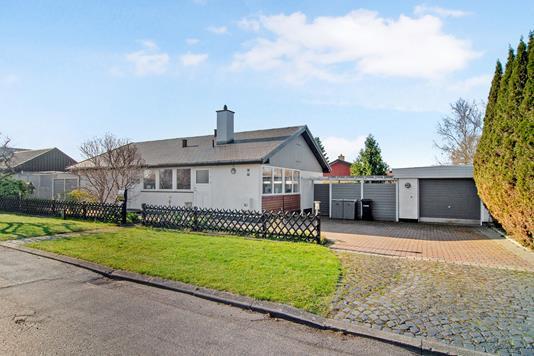 Villa på Rugbjerg i Greve - Ejendommen